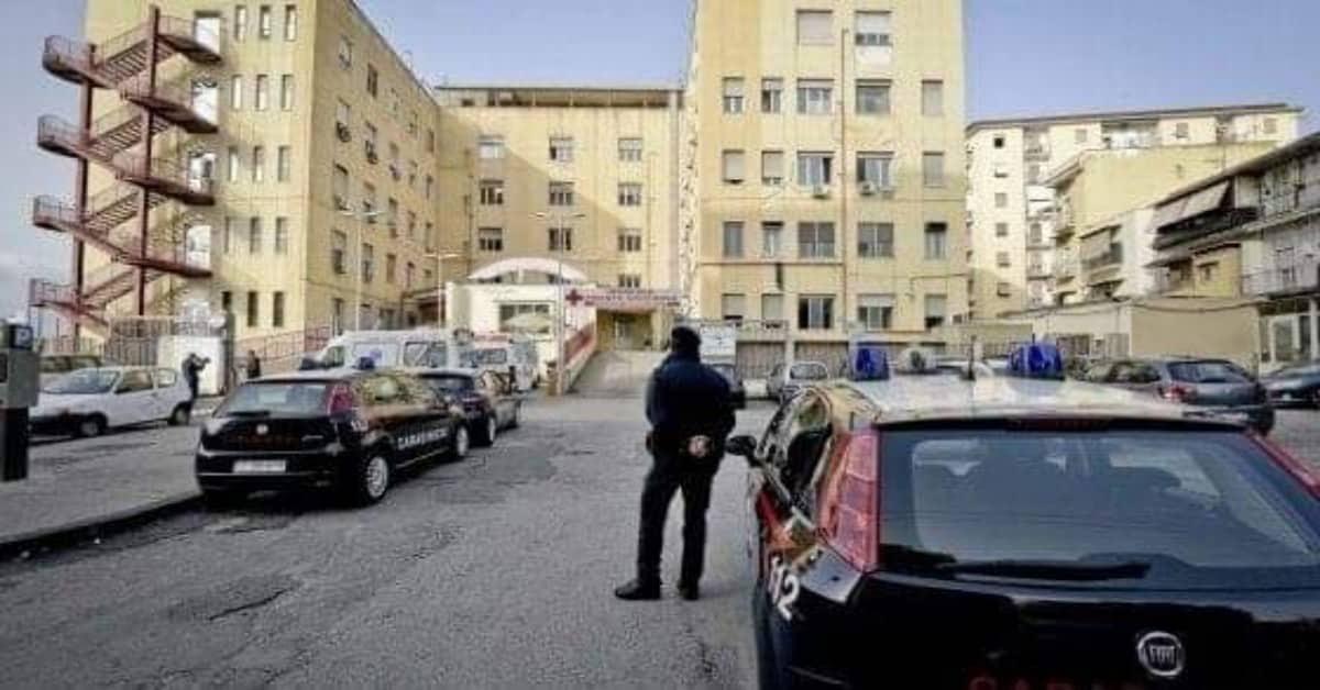 Napoli-donna-arriva-in-ospedale-con-un'emorragia-il-neonato-è-morto-ma-i-parenti-aggrediscono-i-medici