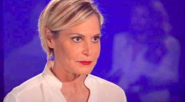 Simona-Ventura-foto