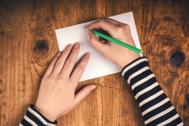mani-lettera