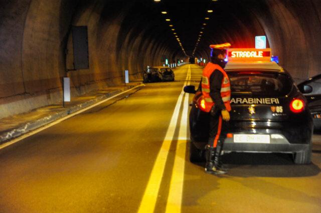 incidente-galleria-carabinieri