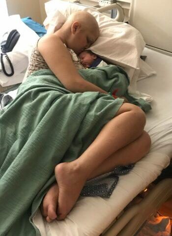 Jade-porta-avanti-la-sua-gravidanza-nonostante-la-malattia 2