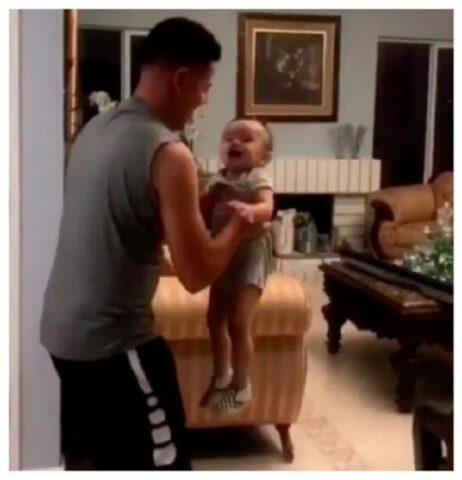 bambino-padre
