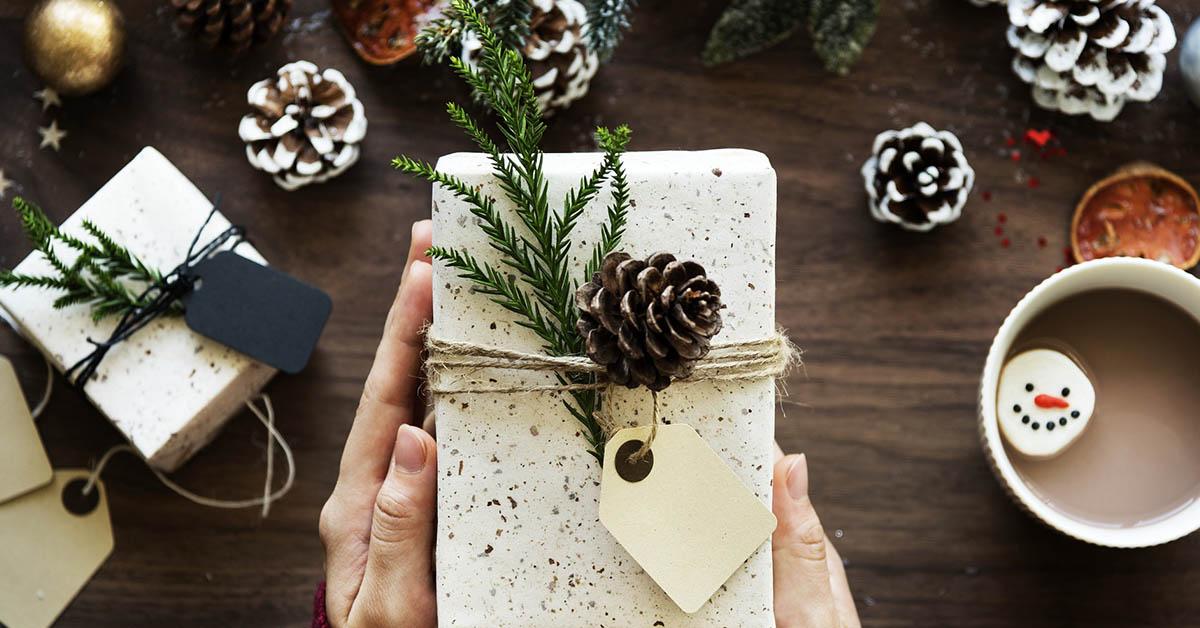 Quando il Natale è dietro l'angolo, la casa è pronta per essere vestita di decorazioni natalizie ricche di magico spirito festivo.
