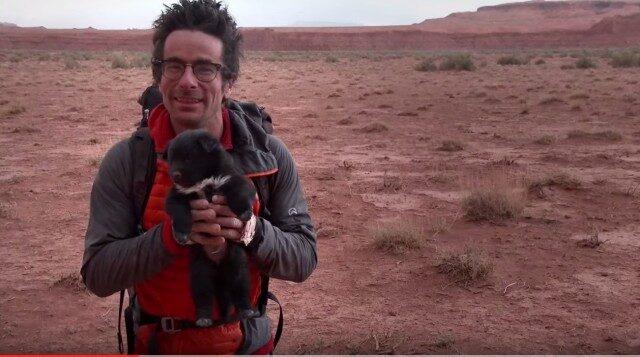 i-due-esploratori-salvano-il-cucciolo-abbandonato