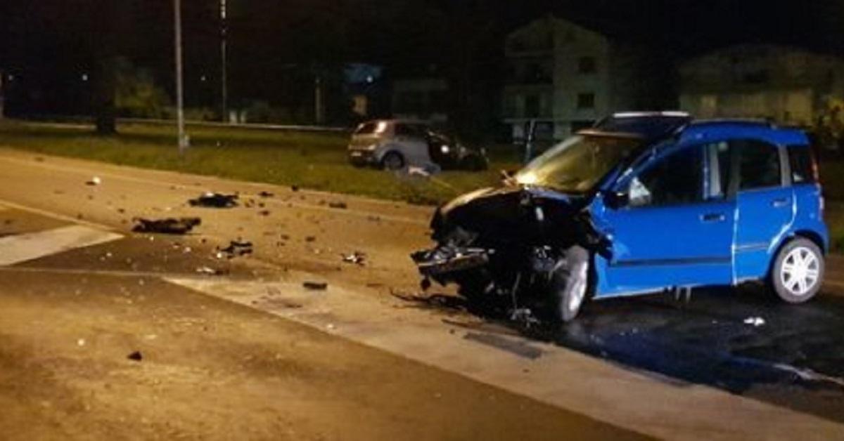 macchina-incidente