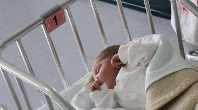 Torino-neonato-nasce-con-una-rara-malattia-ed-i-genitori-lo-abbandonano