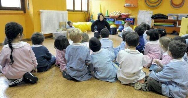 Cesena-bambino-affetto-da-leucemia-i-compagni-si-vaccinano-per-farlo-tornare-a-scuola-insieme-a-loro-anche-gli-insegnanti