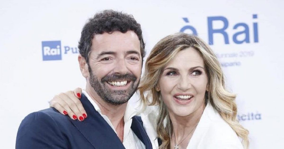 La vita in diretta: il programma di Lorella Cuccarini verrà cancellato dalla RAI? L'indiscrezione