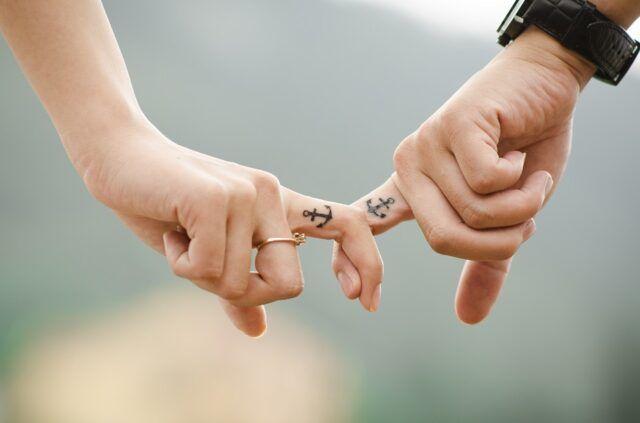 Tutti vogliono qualcosa nella vita: noi cerchiamo un amore vero