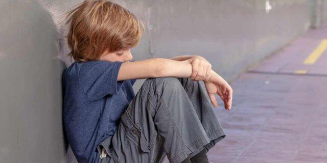 Milano-bambino-di-9-anni-tenta-di-gettarsi-dalla-finestra-della-scuola 2