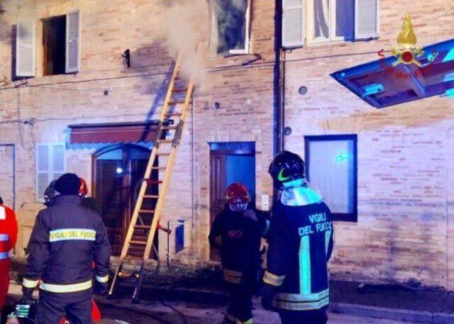 Fermo-incendio-in-casa-bimba-di-6-anni-ha-perso-la-vita