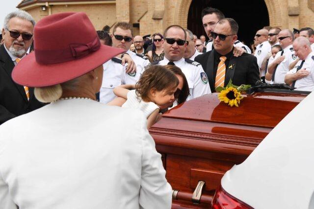 L'addio-della-piccola-Charlotte-al-suo-papà-Andrew-O'Dwyer 2