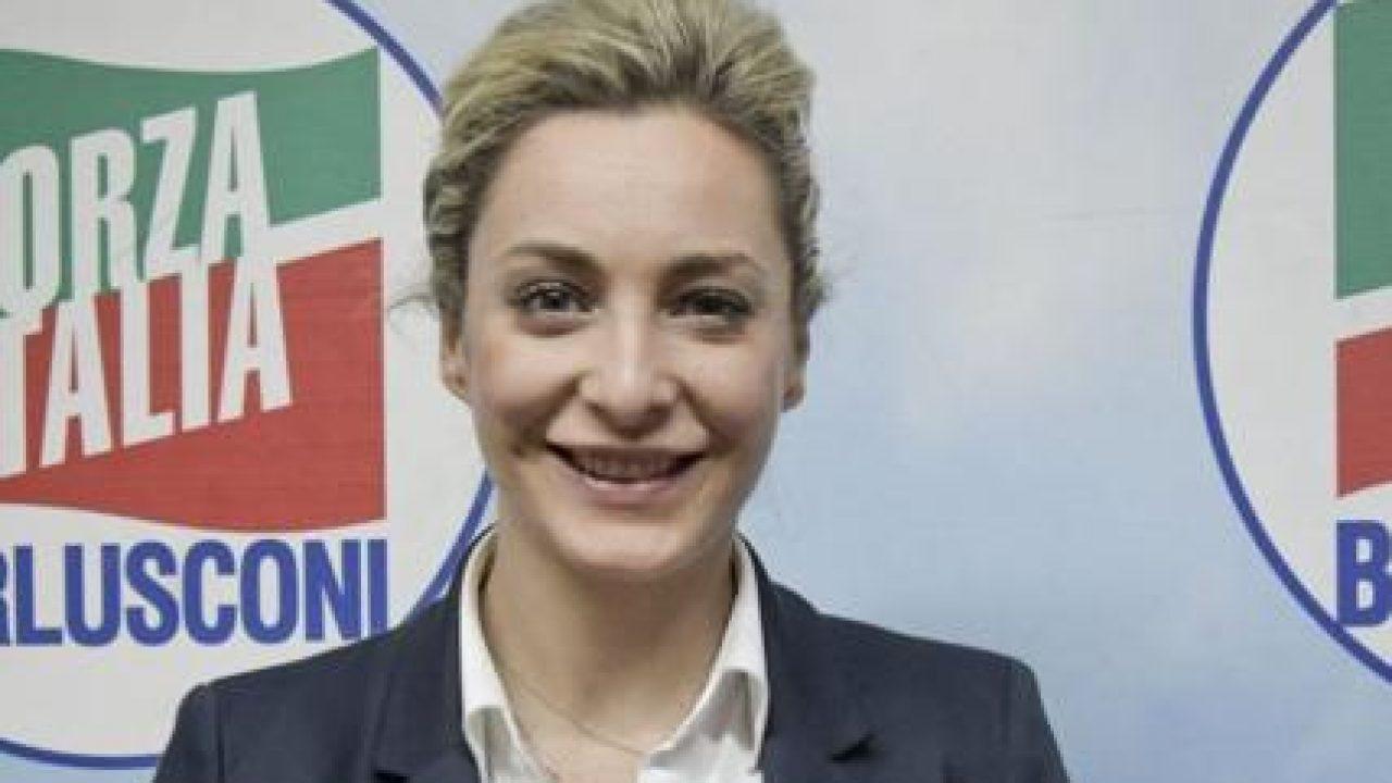 Marta-Fascina-foto