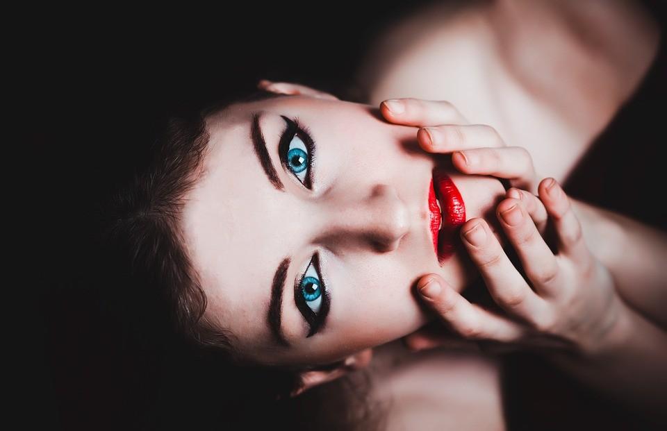 5 ispirazioni beauty dalla serie tv Euphoria