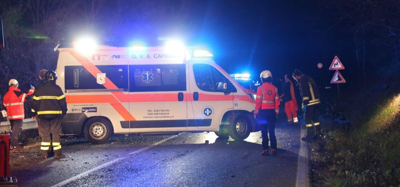 incidente-vigili-ambulanza