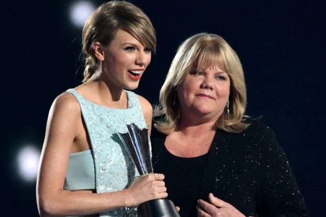 Taylor Swift, la madre ha un tumore al cervello