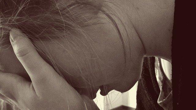 Se ti ha tradita, scappa via. Perché chi ama davvero una persona, non le fa del male