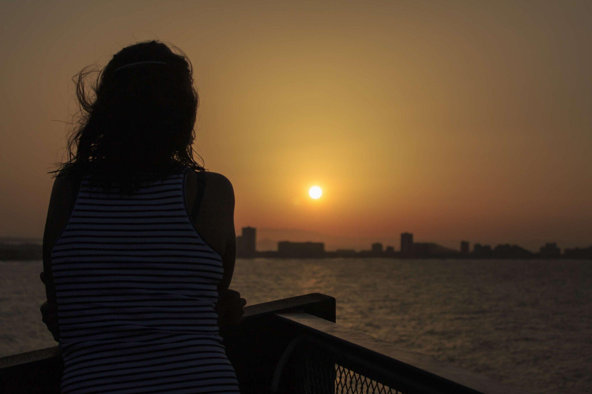 donna-tramonto