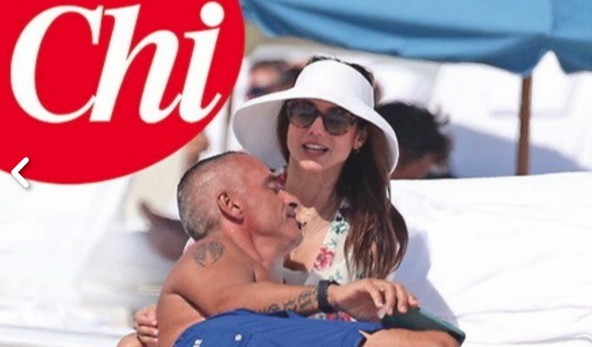 Eros Ramazzotti con la presunta nuova fidanzata in vacanza a