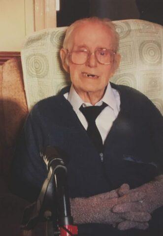 Il nonno defunto appare nell'ecografia del bimbo in grembo