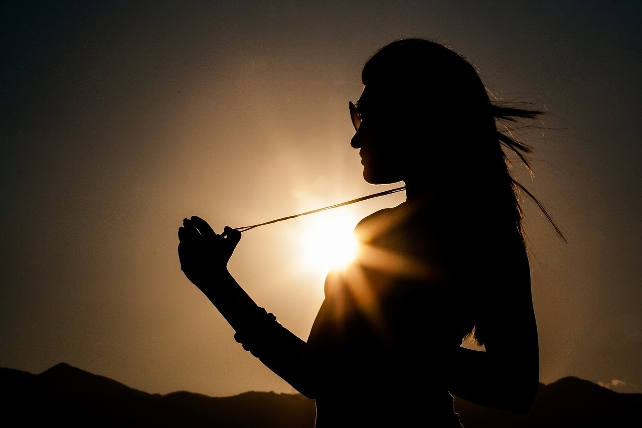 silhouette-donna