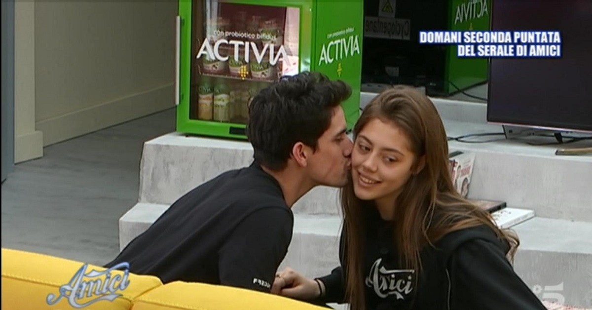 Amici-19-Javier-Rojas-e-Talisa-Ravagnini