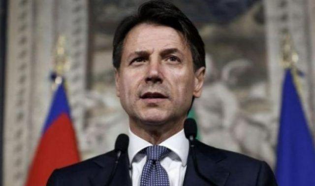 Giuseppe-Conte-nuove-strette
