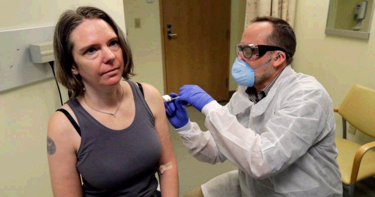 """Coronavirus, la prima a testare il vaccino è una mamma: """"Ecco perchè mi sono offerta"""""""