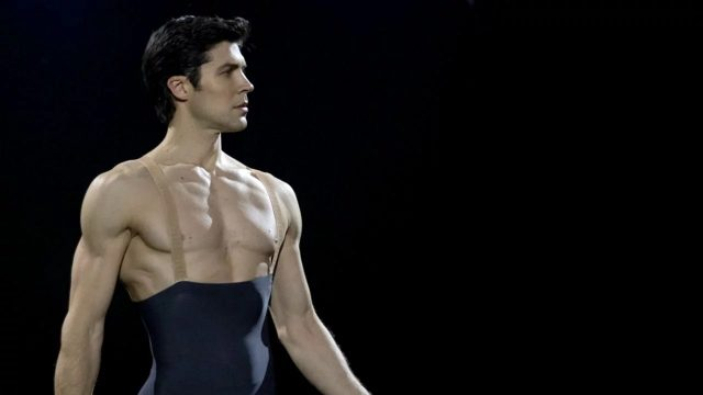 Chi è Roberto Bolle, ballerino e icona dello spettacolo ital