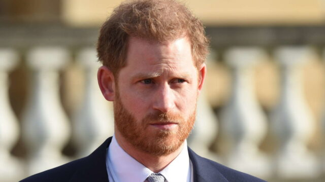 L'ex Principe Harry ha rifiutato lavori milionari, non vuole danneggiare la Royal family