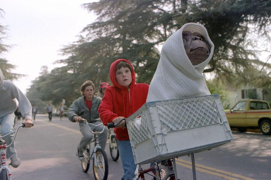 Elliott-bicicletta-ET-Henry-Thomas