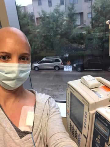 Non poteva stare con tua moglie durante la chemioterapia, co