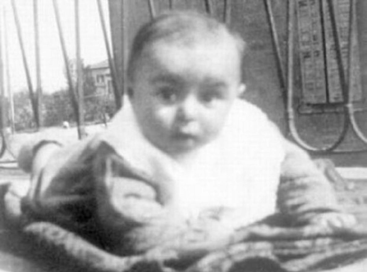 Luciano Pavarotti bambino