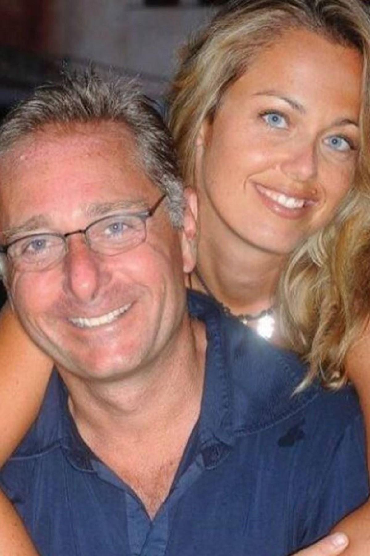 Paolo Bonolis e la moglie Sonia Bruganelli