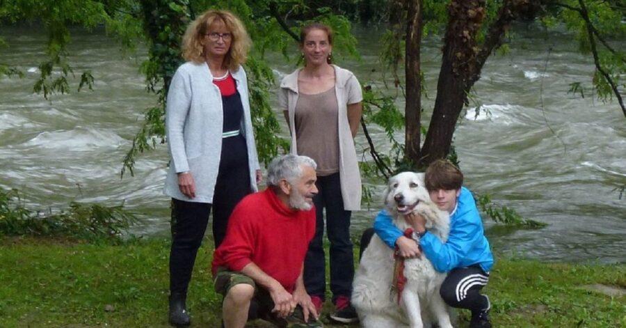 Maxence Douzille salva un cane