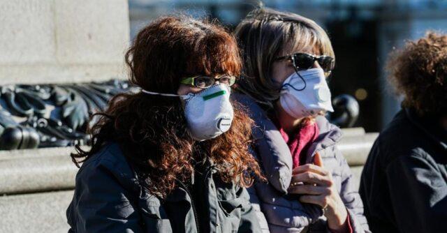 La mascherina d'estate può creare problemi di salute?