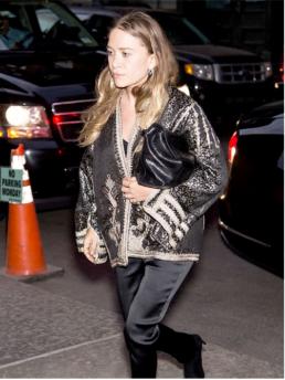Mary-Kate Olsen buttata fuori di casa