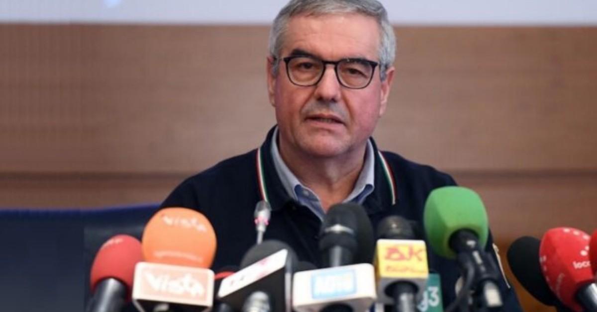 L'annuncio angelo borrelli stop conferenza stampa