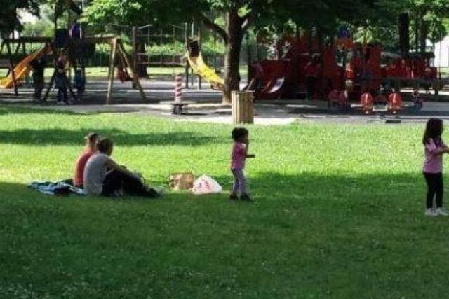 Torino bimba si perde nel parco