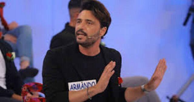 Armando accuse dell'ex