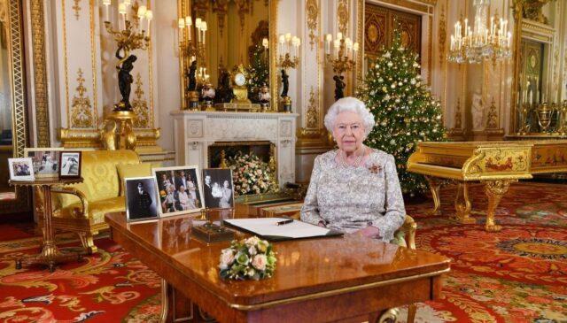 buckingham-palace regina elisabetta