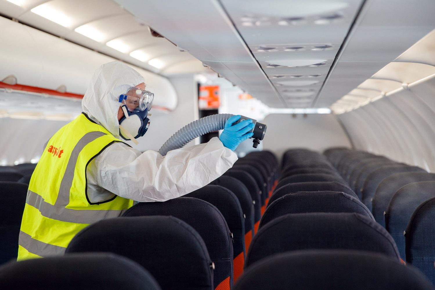 sanificazione aereo