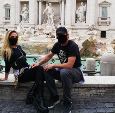 Francesco Totti Ilary Blasi fontana di Trevi