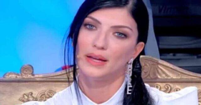 Giovanna Abate insegue Alessandro Grazia