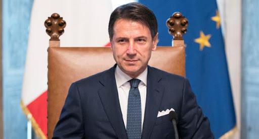 """Vacanze estive, l'intervista del 10 maggio a Giuseppe Conte: """"quest'estate non staremo al balcone"""""""
