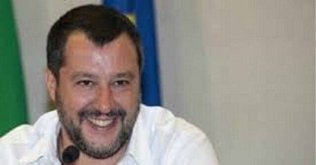 Live Non è la D'Urso Matteo Salvini si esprime sulla fase 2