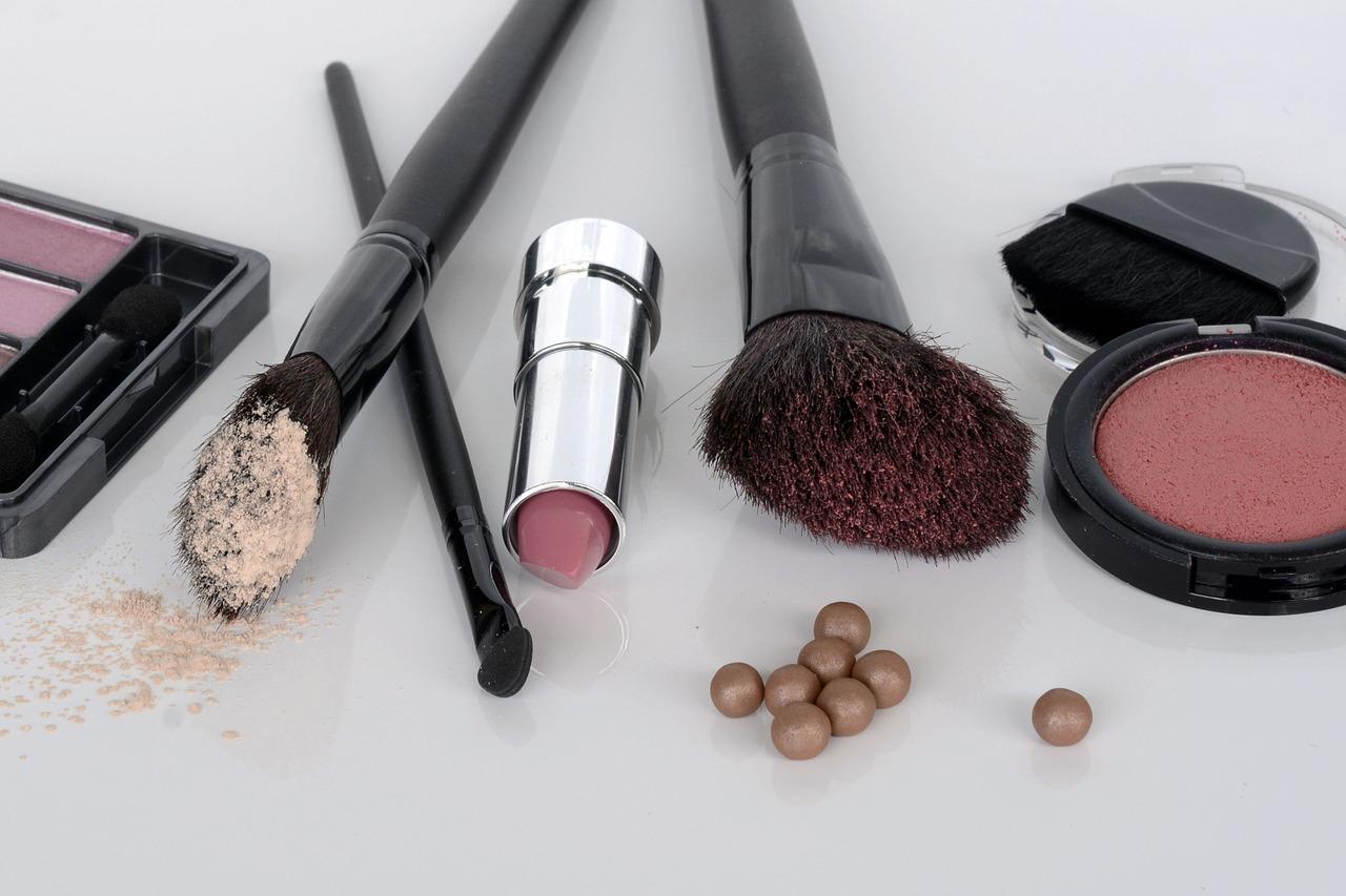 prodotti per il make up estivo