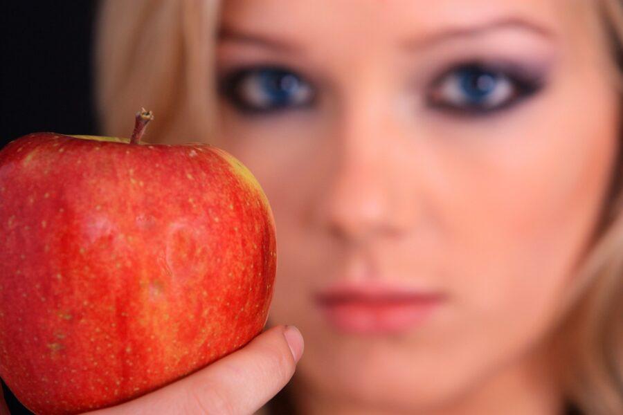 Maschera viso purificante alla mela