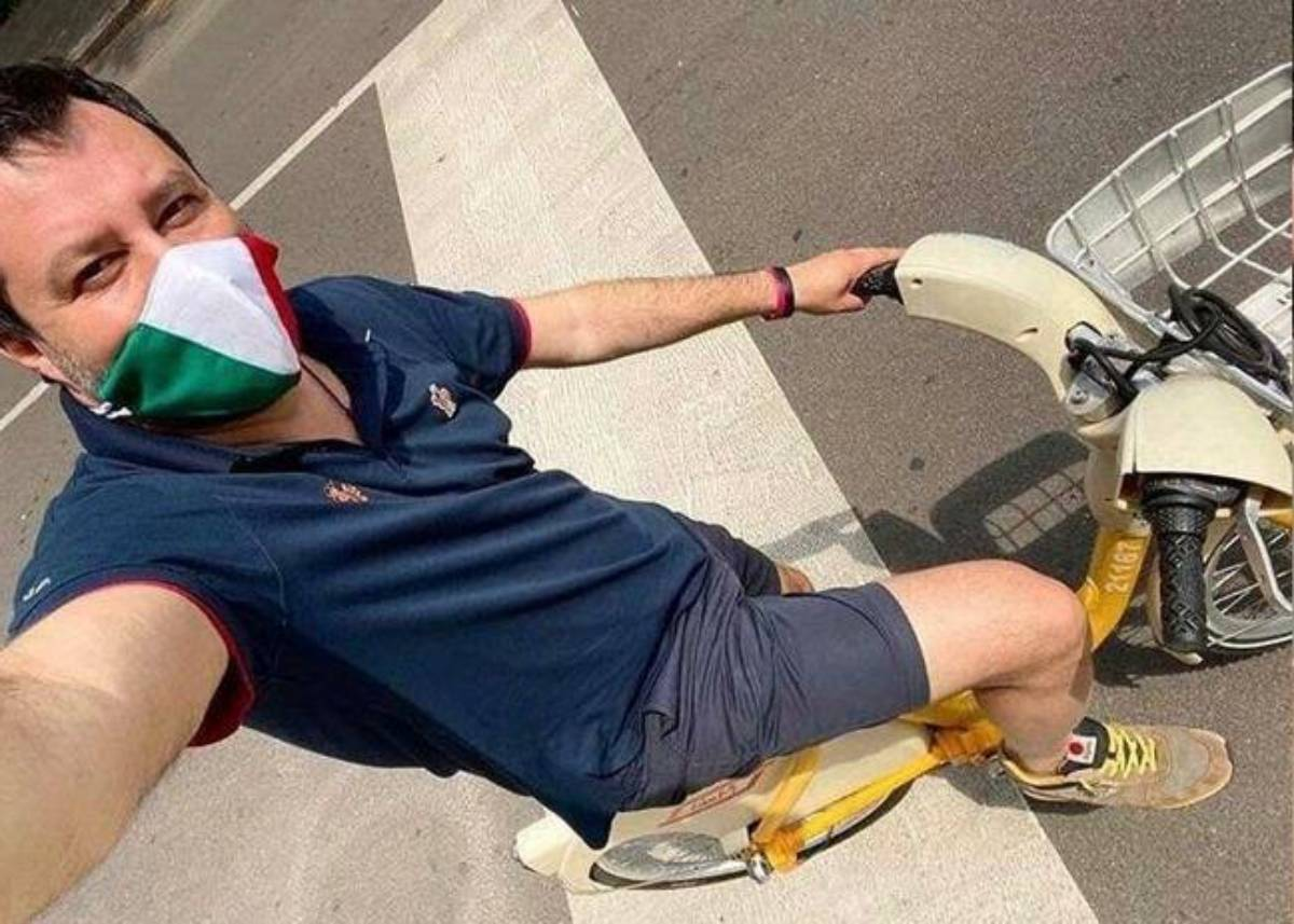 Matteo Salvini in bici