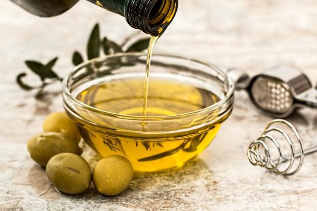 ragadi-labbra-olio-oliva